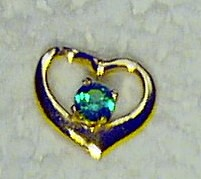 Emerald 14K gold heart pendant