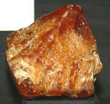 Scheelite Mineral Information Photos And Facts Tungsten Ore