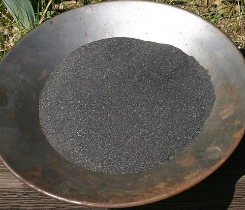 magnetite black sand